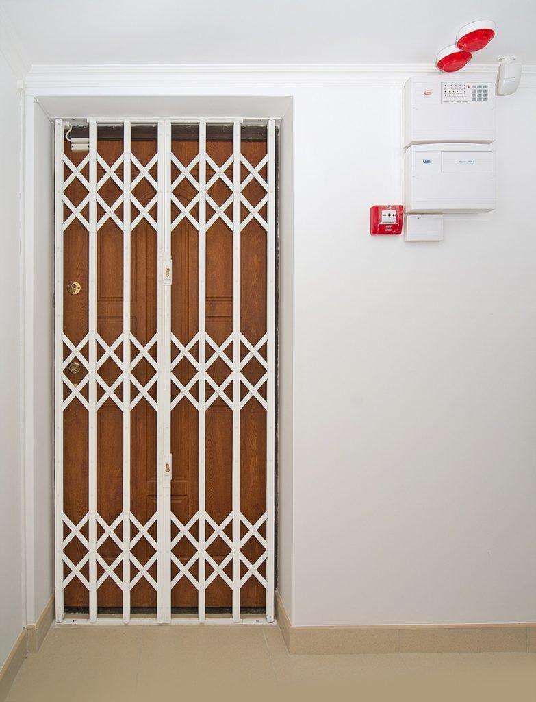 Решетки для двери